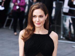 Angelina Jolie depresja, rodzaje depresji