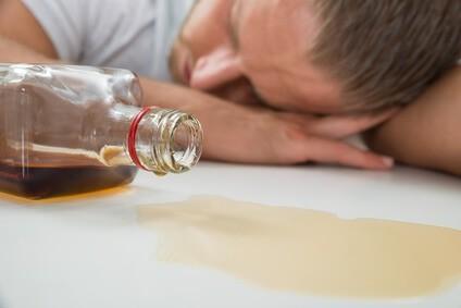Alkoholizm - objawy i leczenie